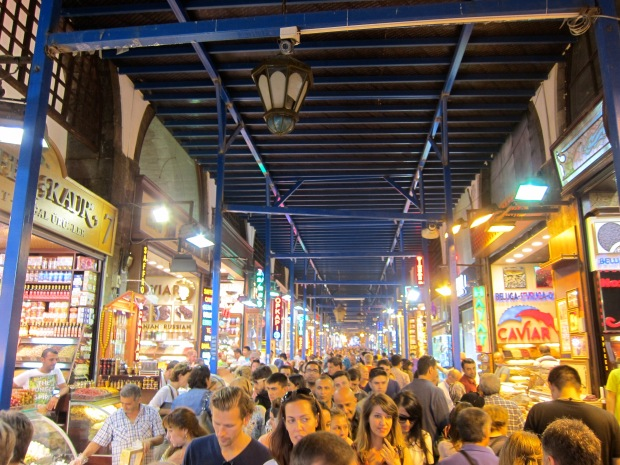 spice market crowded